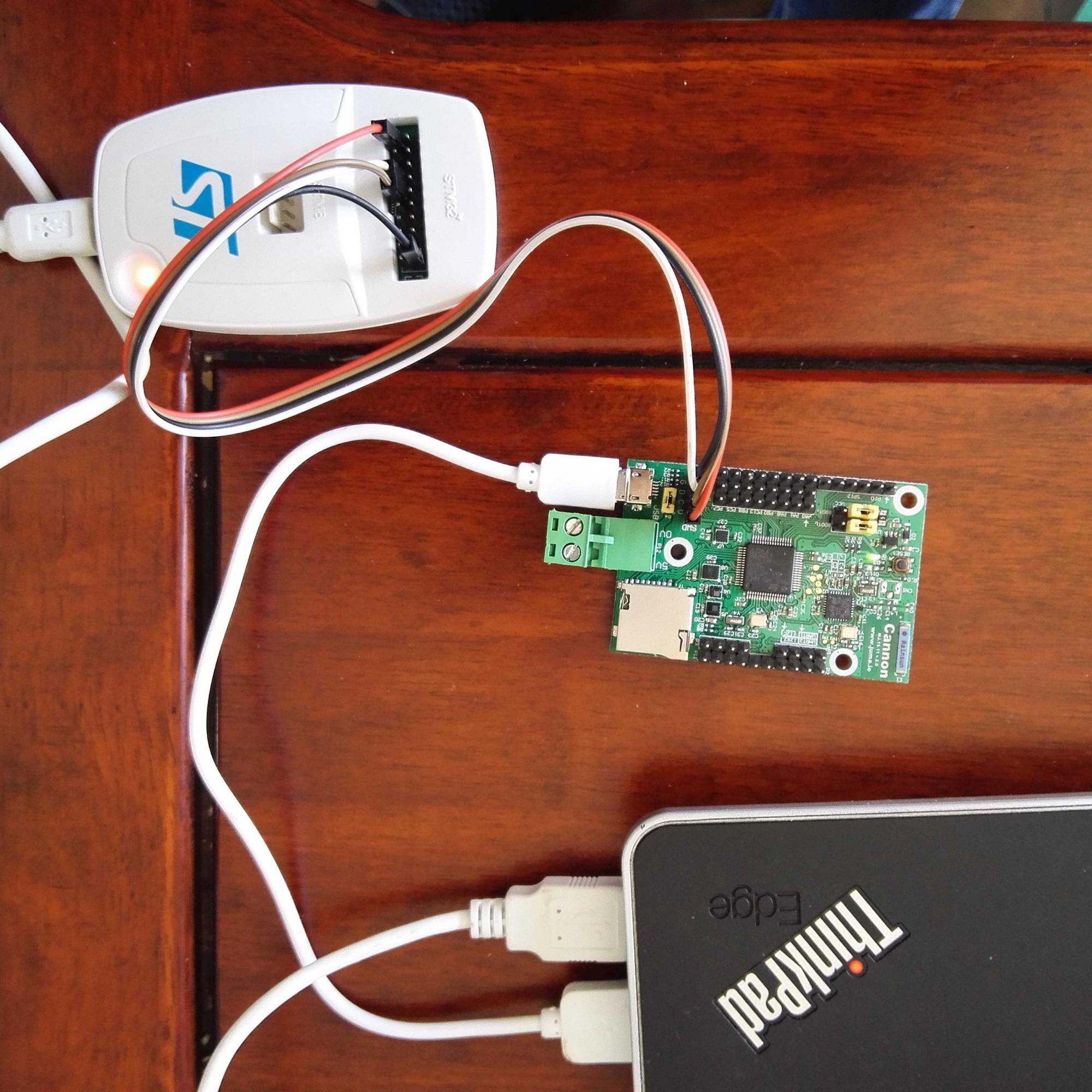 开发板与stlink连接