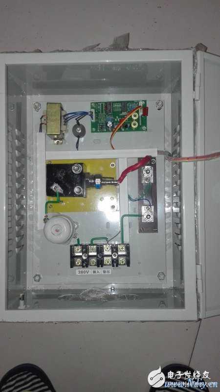 kc05可控硅移向触发器